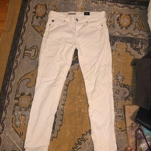 AG petite white pants in great condition